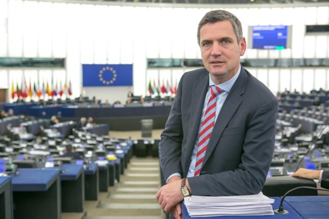 Il parlamento europeo vota l accordo for Ricerca sul parlamento
