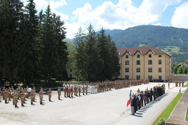 Il personale del 5° Alpini si sta infatti apprestando ad affrontare un  lungo periodo di operazioni a86d17a7839f