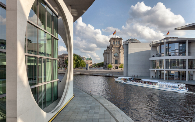 Berlino nelle foto del maestro adriano for Maestro nelle planimetrie principali